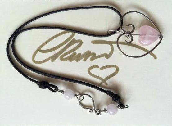 Rose quartz heart pendant01