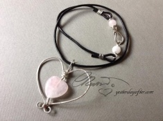 Rose Quartz Swirl Heart
