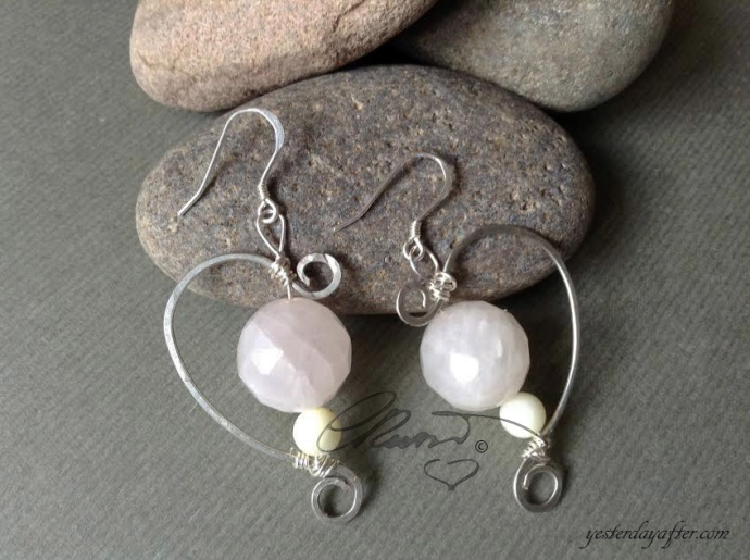 Half heart earrings2